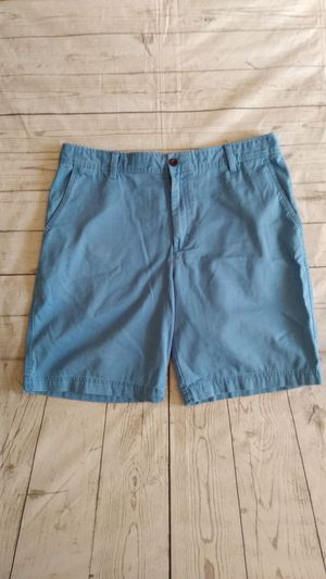Beautiful Izod Saltwater Shorts , size 38 ( excellent condition ) for Sale in Frederick, MD
