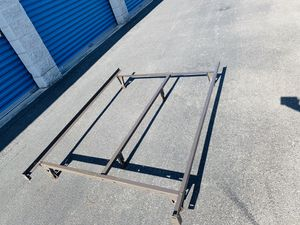 Adjustable double (full) or queen bed frame for Sale in Ocala, FL