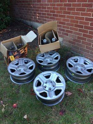 Jeep stock wheels for Sale in Aliquippa, PA