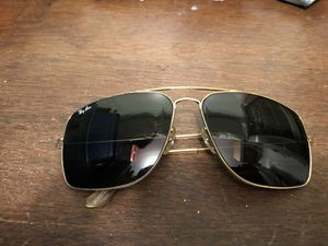 Ray-Ban aviators for Sale in Sterling, VA
