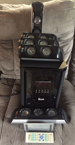 K3 AMPLIFIER Speaker And K10 Center Speaker With 4 Front Speakers & Subwoofer w/Remote! All works perfectly! for Sale in Anaheim, CA