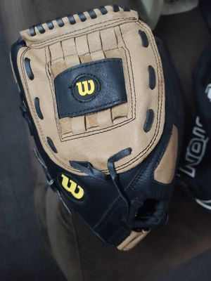 Wilson 13 in A360 softball glove for Sale in Escondido, CA