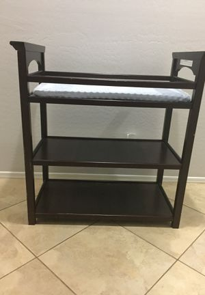 Baby changing table-Graco for Sale in Sun City, AZ