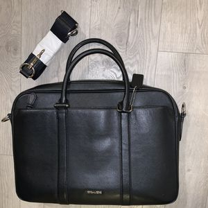Men's coach messenger black bag for Sale in Los Angeles, CA