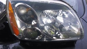 2009 GALANT HEADLIGHTS for Sale in Riviera Beach, FL