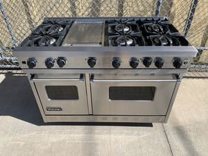 Viking stove with full range top and 2 ovens! Stainless steel commercial style monster appliance for high end kitchen for Sale in Costa Mesa, CA