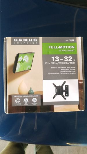 Sanus Vuepoint full motion TV wall mount 13-32 inches for Sale in Portland, OR