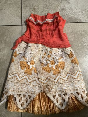 Moana Disney Princess Costume Original sizes (4-6) Near Perfect Condition for Sale in Bellflower, CA