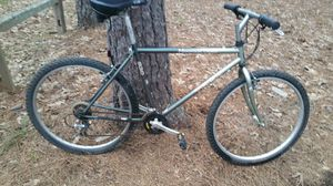 Trek mountain track 820 bike for Sale in Marietta, GA