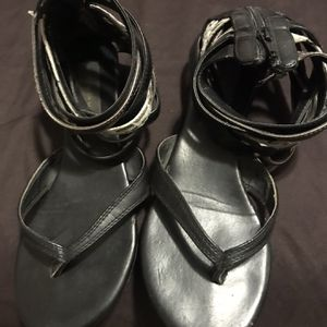 Free Steve Madden sandals for Sale in Norwalk, CA