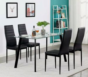 New 5pcs dining room table set in box for Sale in Fort Lauderdale, FL