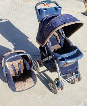 Stroller car seat combo for Sale in Hesperia, CA