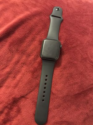 Apple Watch series 5 40mm space gray Alu blk sp band for Sale in Los Angeles, CA