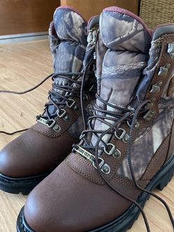 Cabelas Gore-Tex Boots Size 3 Kids for Sale in Olympia,  WA