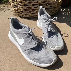 Nike Roshe Run Men's Sz 12 for Sale in Los Angeles, CA