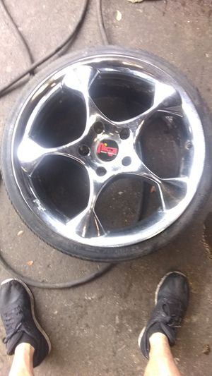 "Set of 4, 18"" Niche chrome rims for Sale in NW PRT RCHY, FL"