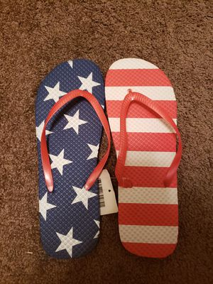 Womans sandals size large 9 /10 for Sale in Gardena, CA
