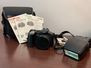 Cannon Power Shot S5 IS Point and Shoot Camera, w/ external digital flash for Sale in Columbus, OH