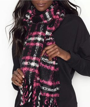 VS Winter Scarf fringed pnk/blk/wht plaid for Sale in Arlington, TX