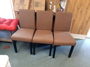 New assembled set of 3 dining chairs for Sale in Charlotte, NC