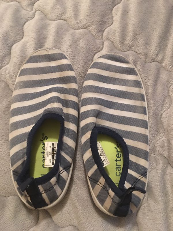 Swimming pool shoes size 8-9 small kid