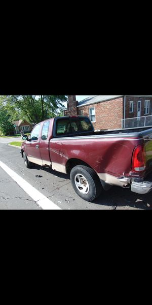 Ford F150 1997 XL for Sale in St. Louis, MO