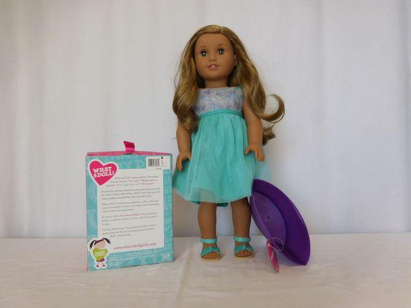 American Girl Doll Lea Dark Blonde Hair Brown Eyes + Truly Me Blue Sea Dress + Princess set + Tote