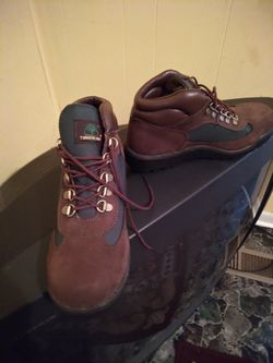 NEW DROP!! ALMOST LIKE NEW RARE BROCCOLI TIMBERLAND BOOTS/SHOES, SIZE 7 for Sale in Dublin,  GA