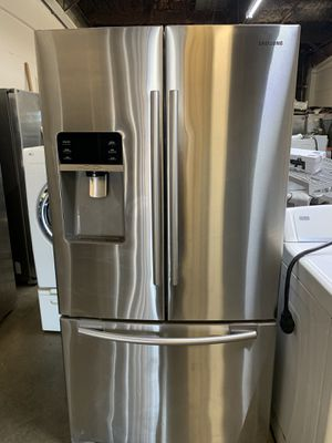 REFRIGERATOR SAMSUNG COUNTER DETH DOUBLE ICE MARKER for Sale in Houston, TX