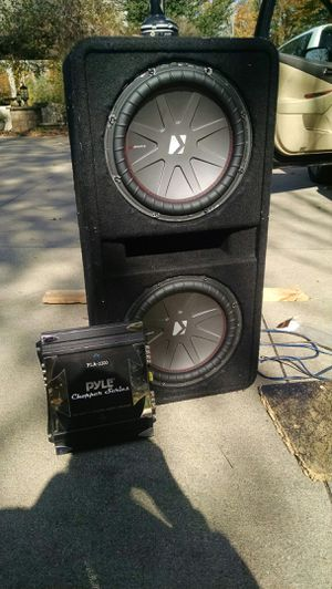 Car sub's. Please give me an offer above 150 for Sale in Akron, OH