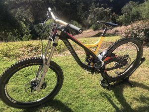 Devinci Wilson Carbon DH for Sale in San Diego, CA