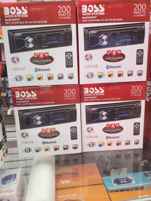 CD PLAYER AND MP3 CDS AND AUX AND BLUETOOTH AND USB. for Sale in Los Angeles, CA
