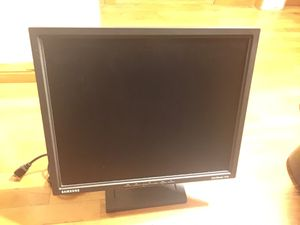 Samsung Computer Monitor (15*17 inches) for Sale in Los Angeles, CA