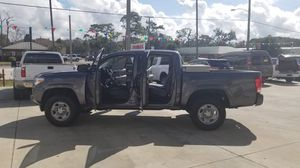 2017 Toyota Tacoma 4 puertas for Sale in Lake Wales, FL