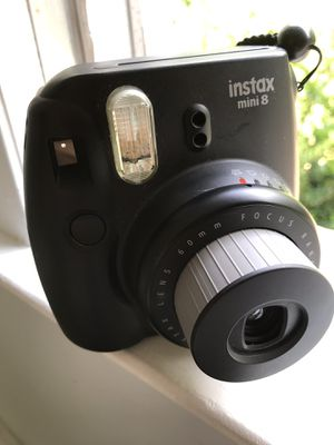 Instax Mini 8 Fuji Polaroid Camera for Sale in Fayetteville, GA