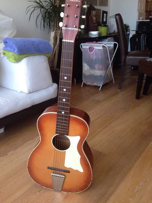 Silvertone antique guitar for Sale in San Francisco, CA