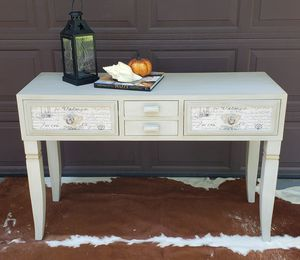 Entrance table, console for Sale in Arlington Heights, IL