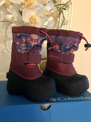 Columbia toddler snow boots for Sale in Norco, CA