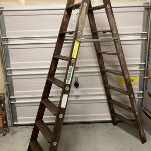Ladder for Sale in Maple Valley, WA