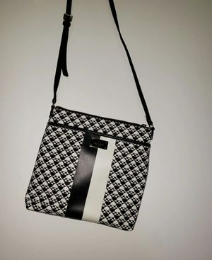 Kate Spade New York Penn Place Keisha Cross body Bag Black and White adjustable for Sale in LAUD LAKES, FL