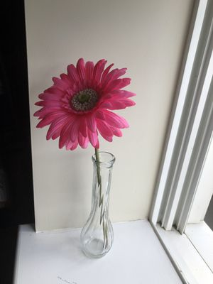 flower in a vase artificial gerber for Sale in Braintree, MA