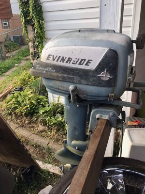 Evinrude sport twin boat motor 500obo for Sale in West Mifflin, PA