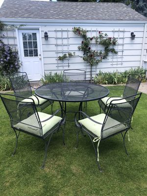 Iron outdoor patio set for Sale in Seattle, WA