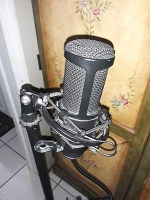 Audio Technica Studio Microphone for Sale in Madeira Beach, FL