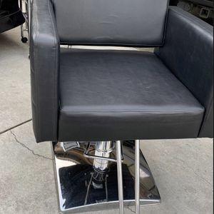 Salon chair for Sale in Corona, CA