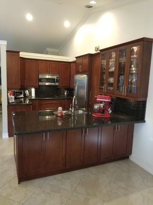 Kitchen Cabinets Shaker Doors for Sale in Fort Lauderdale, FL