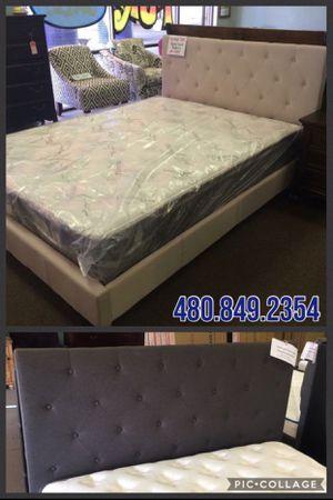 King or Cal King Platform Bed Frame for Sale in Glendale, AZ
