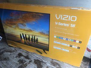 "VIZIO V585-G1 58"" 4K UHD HDR LED SMART TV 2160P *FREE DELIVERY* for Sale in Everett, WA"
