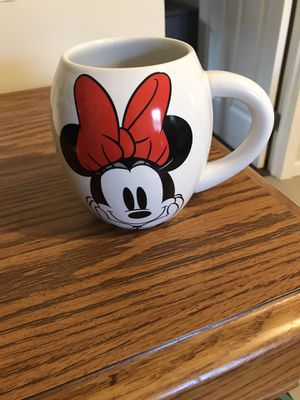 New Disney Minnie Mouse mug for Sale in Yalesville, CT