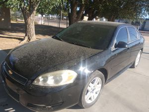 2012 Chevy Impala clean title for Sale in Hesperia, CA